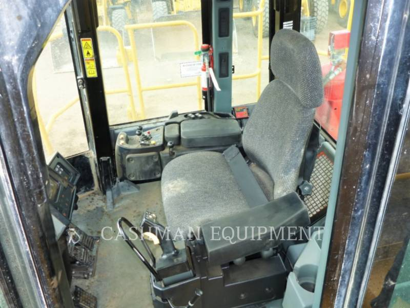 CATERPILLAR WHEEL LOADERS/INTEGRATED TOOLCARRIERS 988HQ equipment  photo 7