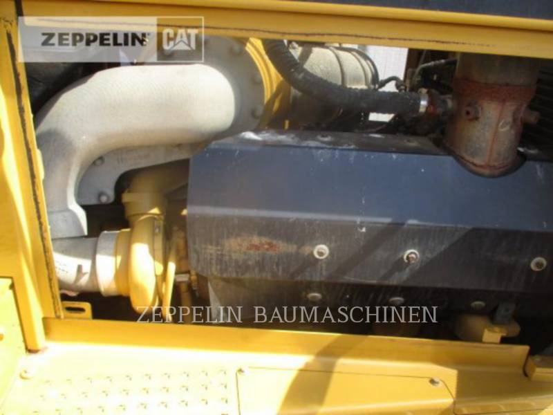 CATERPILLAR TRACTORES DE CADENAS D8R equipment  photo 23