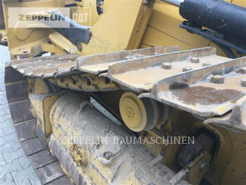 CATERPILLAR TRACK TYPE TRACTORS D6NXL equipment  photo 12