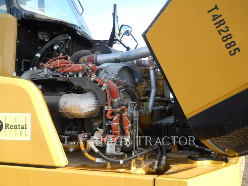 CATERPILLAR TOMBEREAUX ARTICULÉS 740B equipment  photo 18
