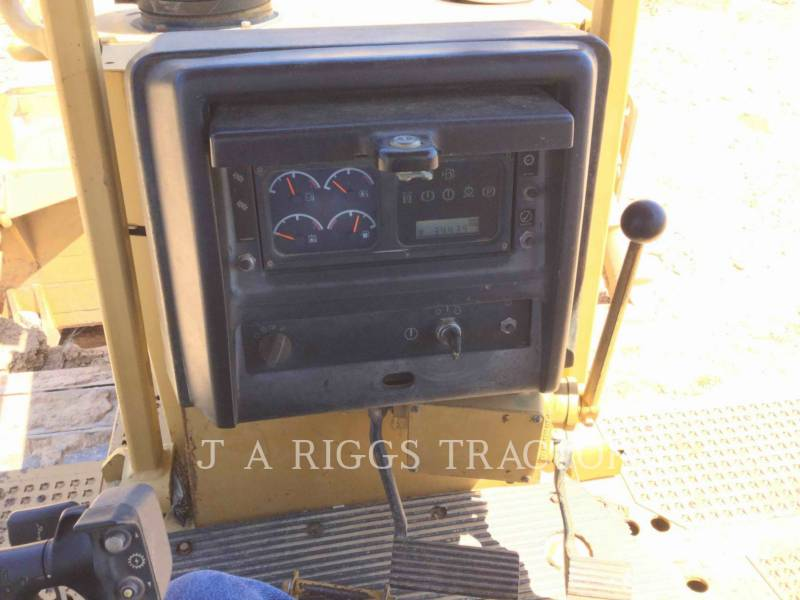 CATERPILLAR TRACK TYPE TRACTORS D6R equipment  photo 16