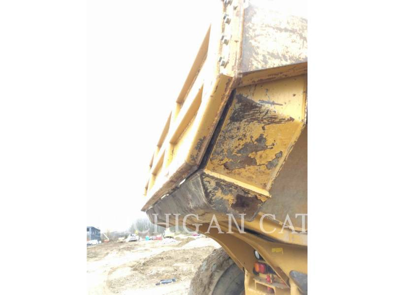CATERPILLAR ARTICULATED TRUCKS 740 T equipment  photo 22