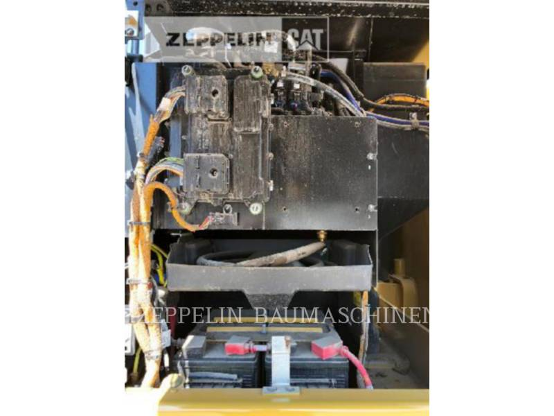 CATERPILLAR WHEEL EXCAVATORS M320F equipment  photo 18