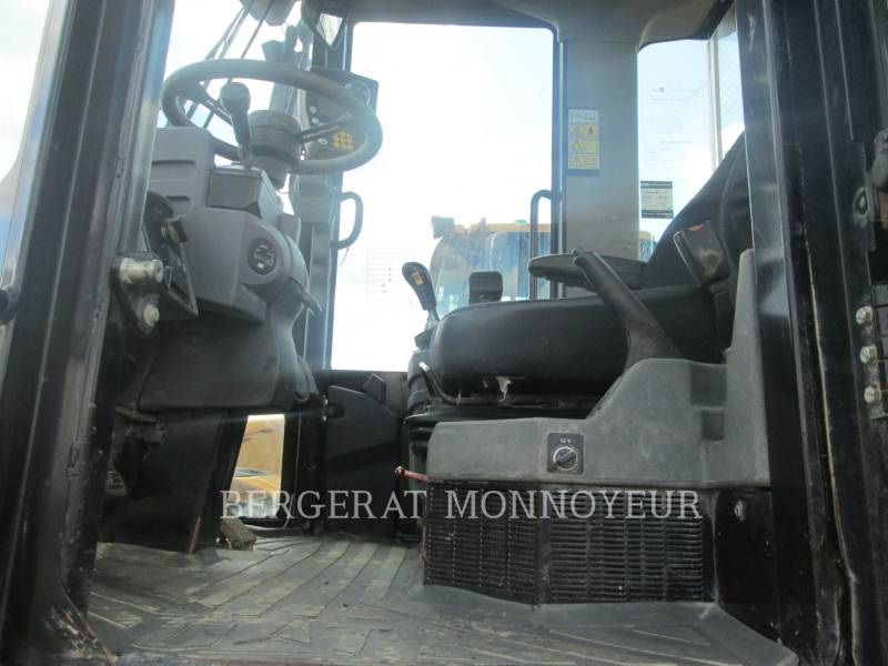CATERPILLAR PALE GOMMATE/PALE GOMMATE MULTIUSO 914G equipment  photo 6