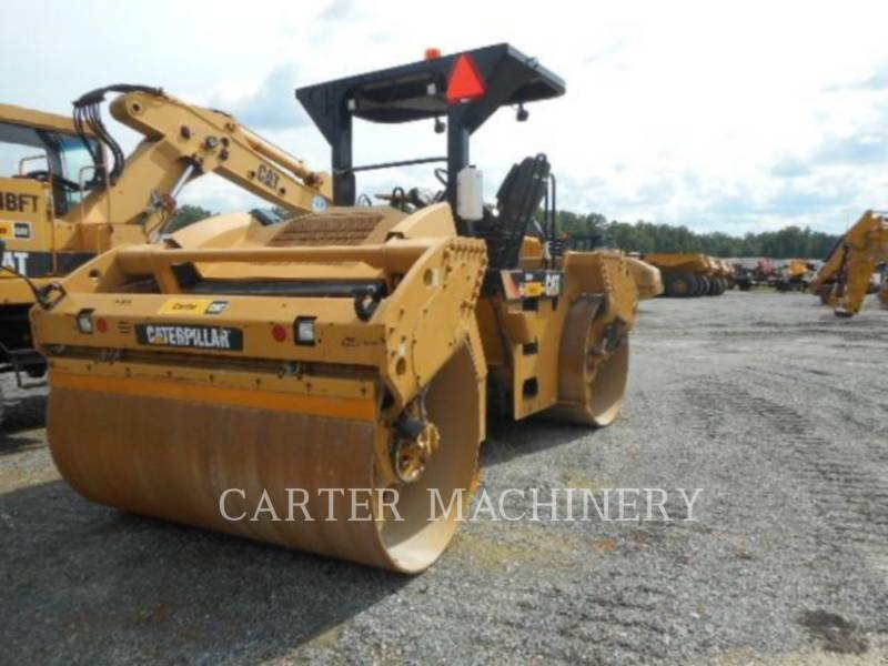 CATERPILLAR コンパクタ CB64 equipment  photo 4