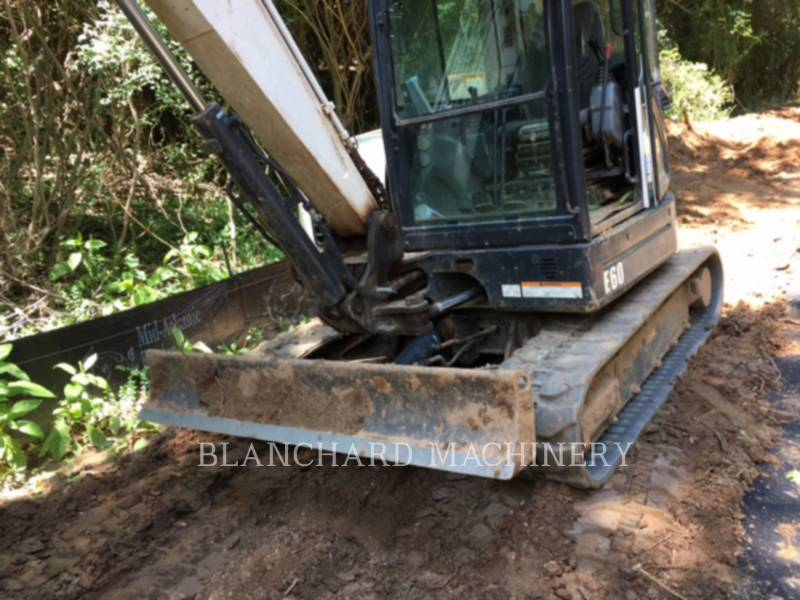 BOBCAT PELLES SUR CHAINES E60 equipment  photo 3