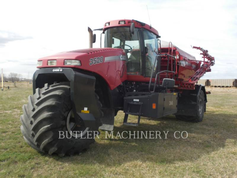 CASE/INTERNATIONAL HARVESTER SPRAYER 3520 equipment  photo 5