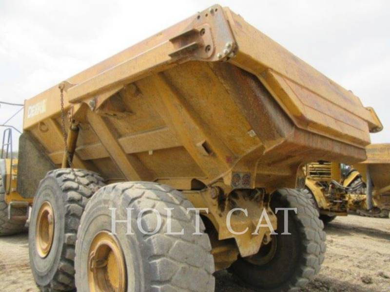 DEERE & CO. DUMPER ARTICOLATI 400D equipment  photo 16