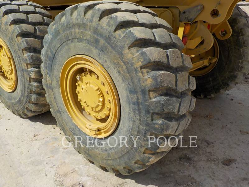 CATERPILLAR DUMPER ARTICOLATI 725C equipment  photo 20