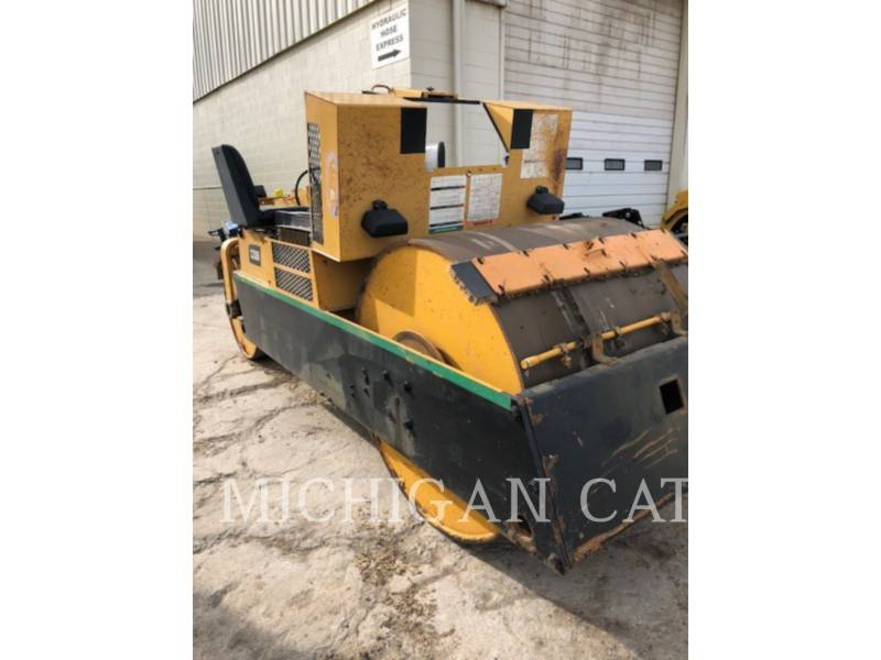 HYPAC VIBRATORY DOUBLE DRUM ASPHALT C330B equipment  photo 3