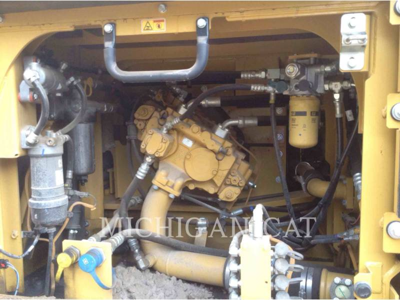 CATERPILLAR TRACK EXCAVATORS 324EL P equipment  photo 23