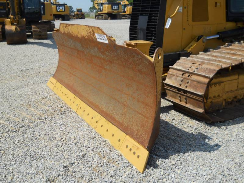 CATERPILLAR TRACK TYPE TRACTORS D6K2LGP equipment  photo 9