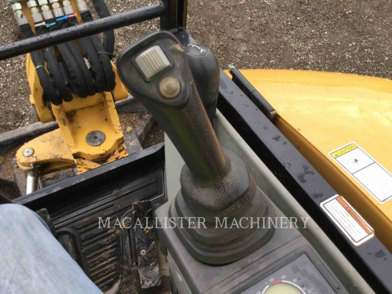 CATERPILLAR PELLES SUR CHAINES 302.7D equipment  photo 22