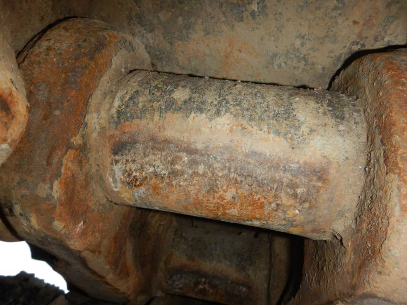 CATERPILLAR ESCAVATORI CINGOLATI 374 F L equipment  photo 9