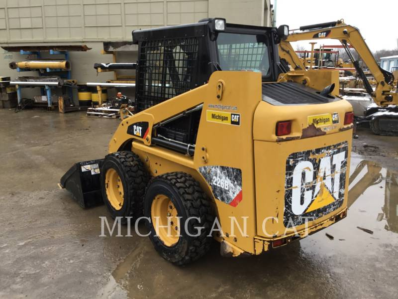CATERPILLAR SKID STEER LOADERS 226B3 CQ equipment  photo 3