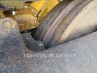CATERPILLAR PALE CINGOLATE 963D equipment  photo 10