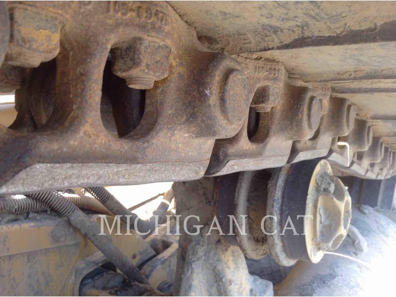 Detail photo of 1997 Caterpillar D5M LGP from Construction Equipment Guide