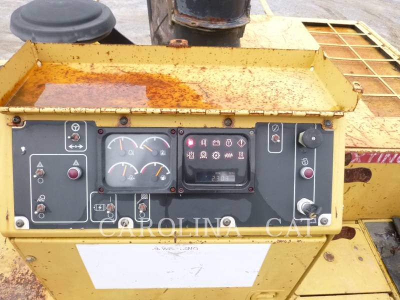 CATERPILLAR FINISSEURS AP1055D equipment  photo 10