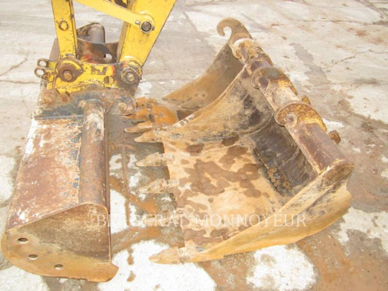 CATERPILLAR TRACK EXCAVATORS 307B equipment  photo 15