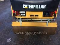 CATERPILLAR ROLO COMPACTADOR DE ASFALTO DUPLO TANDEM CB24 equipment  photo 8
