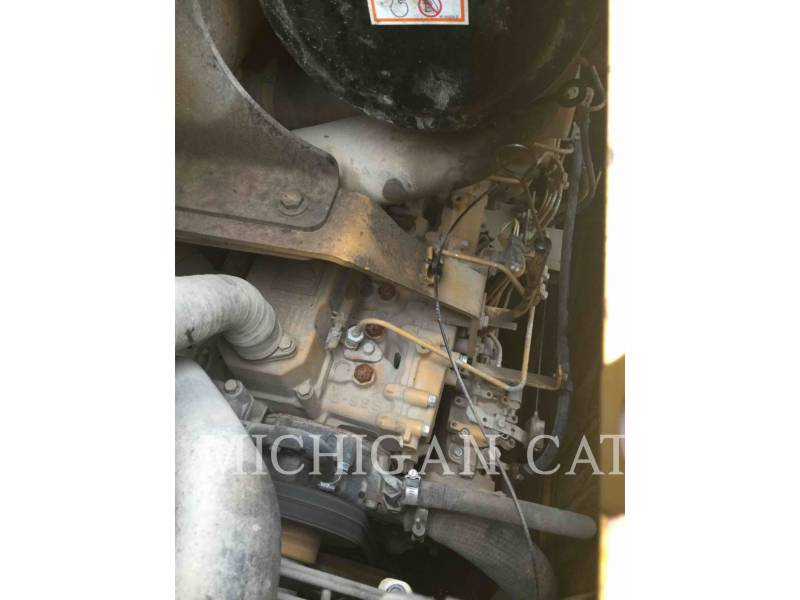 CATERPILLAR TRACTORES DE CADENAS D3GLGP equipment  photo 18