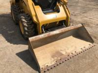 CATERPILLAR SKID STEER LOADERS 262 D equipment  photo 14