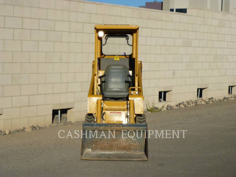 GEHL COMPANY SKID STEER LOADERS 1640E equipment  photo 5