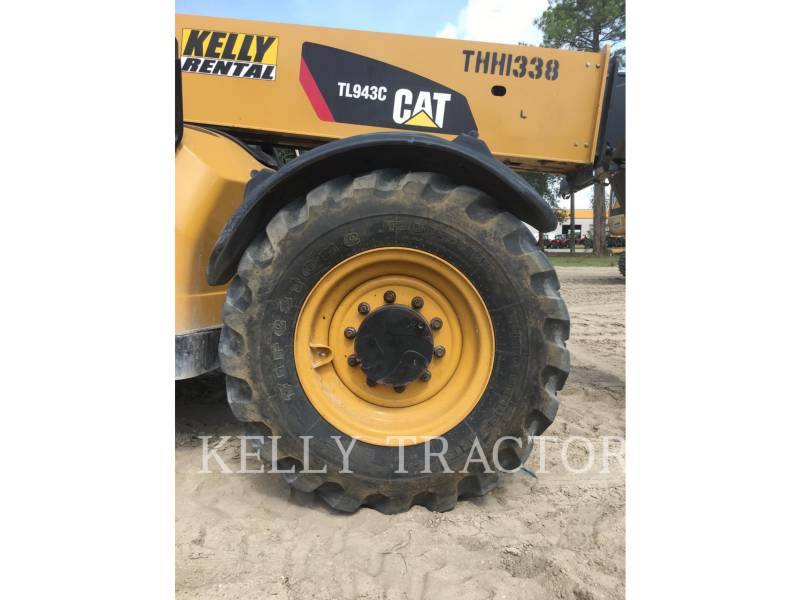 Caterpillar STIVUITOR TELESCOPIC TL943C equipment  photo 12
