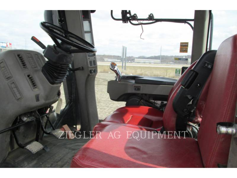 CASE/NEW HOLLAND TRACTORES AGRÍCOLAS 580QT equipment  photo 21