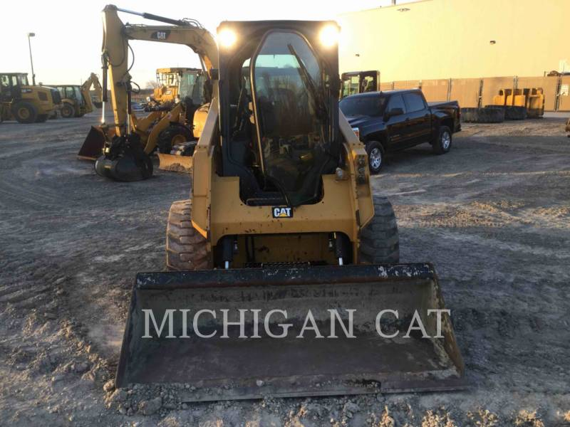 CATERPILLAR MINICARGADORAS 242D C equipment  photo 7