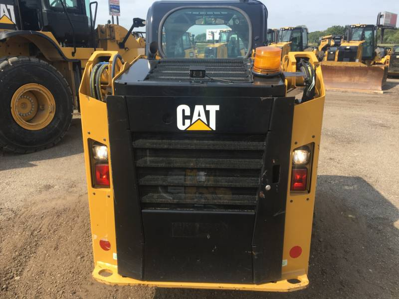 CATERPILLAR SKID STEER LOADERS 236D equipment  photo 9