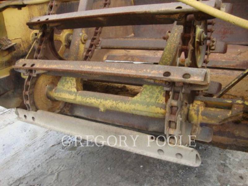 CATERPILLAR WHEEL TRACTOR SCRAPERS 613B equipment  photo 16