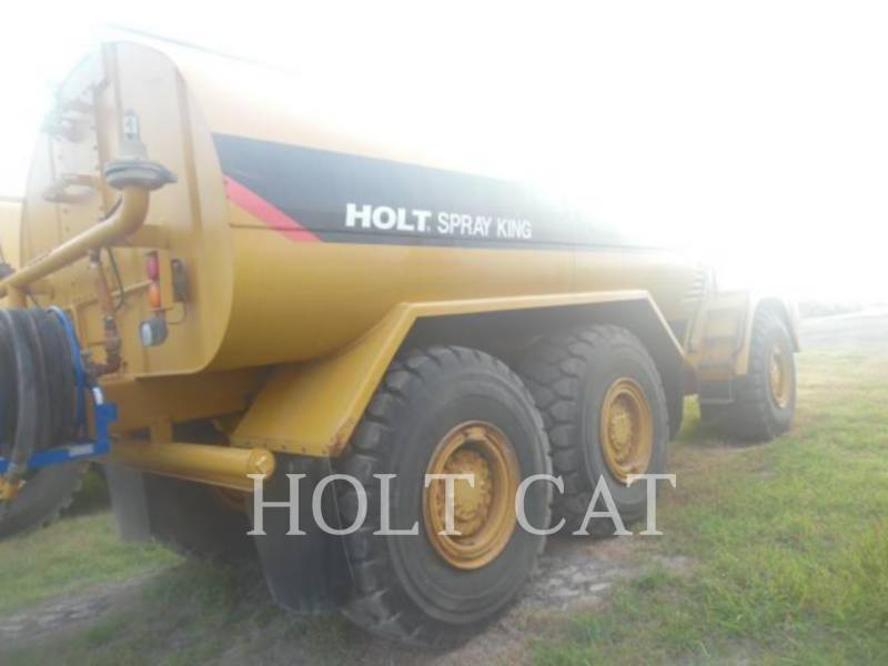CATERPILLAR WATER TRUCKS W00 725 equipment  photo 4