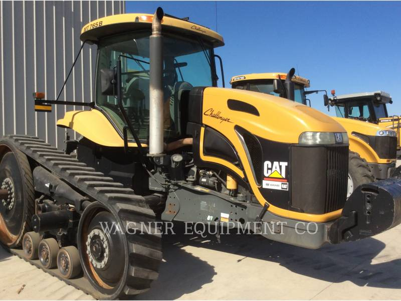 AGCO 農業用トラクタ MT765B-UW equipment  photo 2