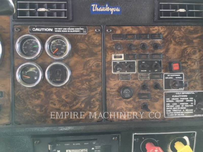 KENWORTH CAMIONS CITERNE A EAU 4K TRUCK equipment  photo 10