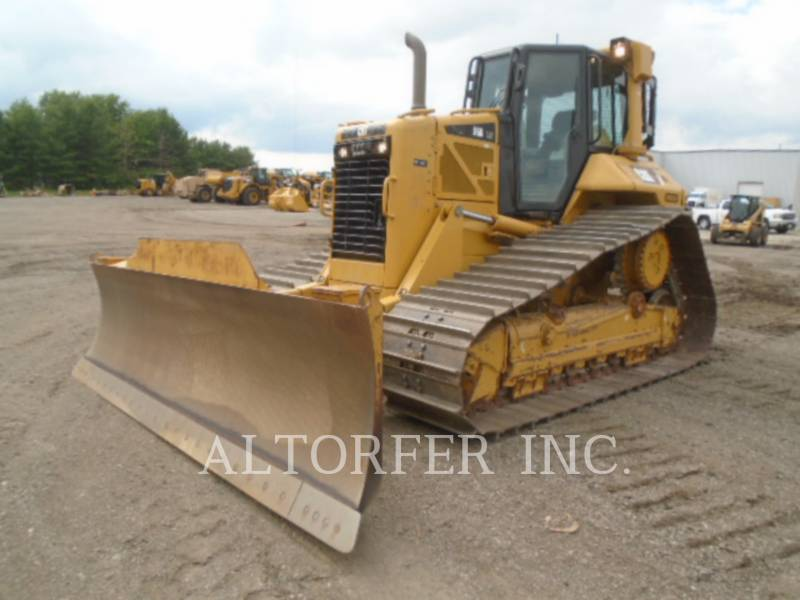 CATERPILLAR TRACTORES DE CADENAS D6N LGP W equipment  photo 3