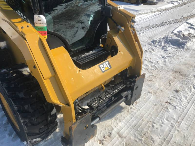 CATERPILLAR PALE COMPATTE SKID STEER 242D equipment  photo 15