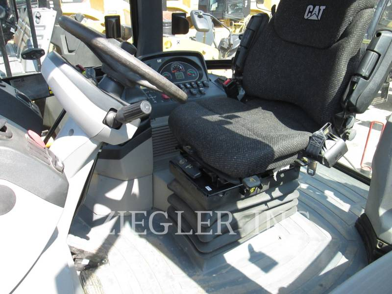CATERPILLAR BACKHOE LOADERS 420F equipment  photo 6