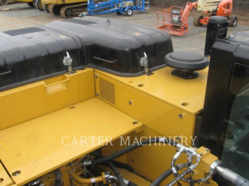 CATERPILLAR トラック油圧ショベル 336FL equipment  photo 10