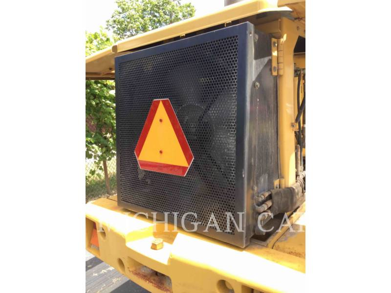CATERPILLAR CARGADORES DE RUEDAS IT28G equipment  photo 9