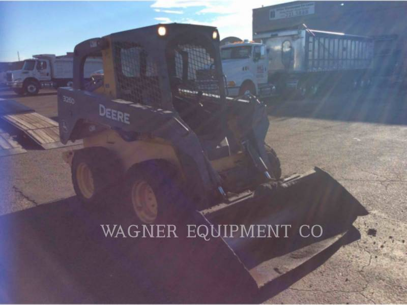 JOHN DEERE SKID STEER LOADERS 326D equipment  photo 4