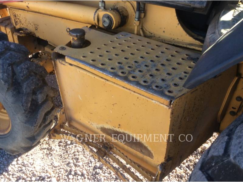 JOHN DEERE CHARGEUSES-PELLETEUSES 410E 4WD equipment  photo 10