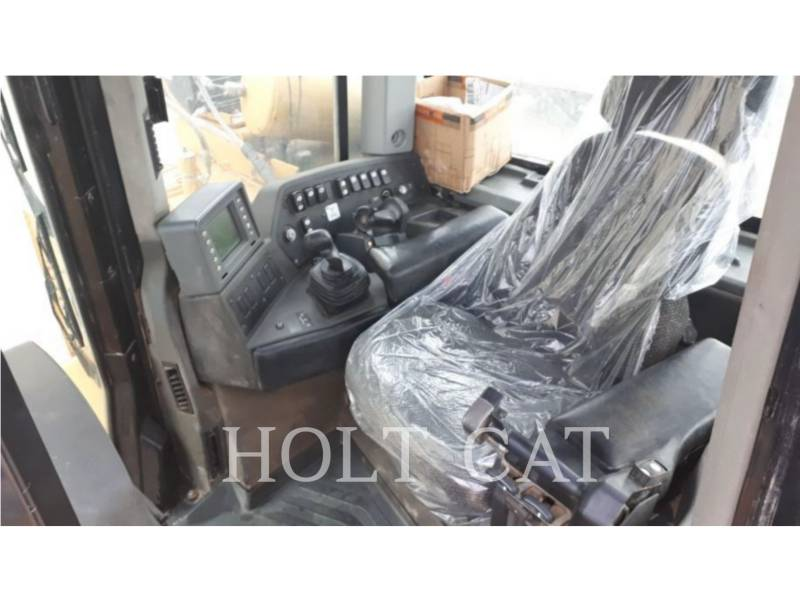 CATERPILLAR TRATTORI CINGOLATI D10T equipment  photo 5