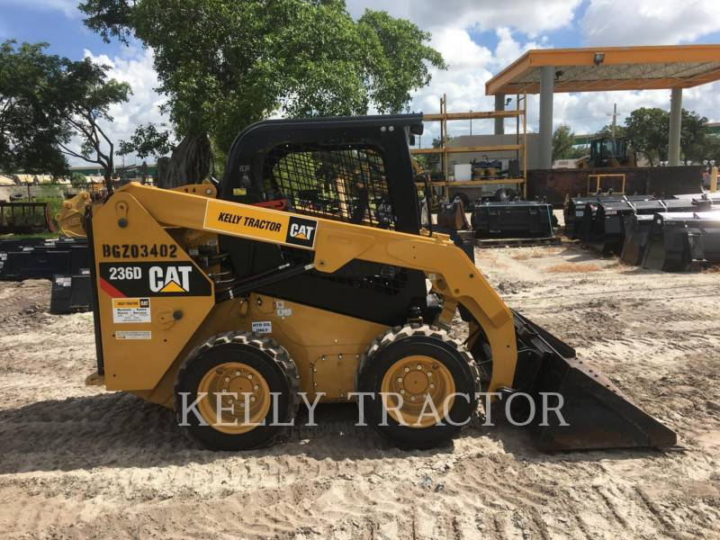 CATERPILLAR CHARGEURS COMPACTS RIGIDES 236 D equipment  photo 9