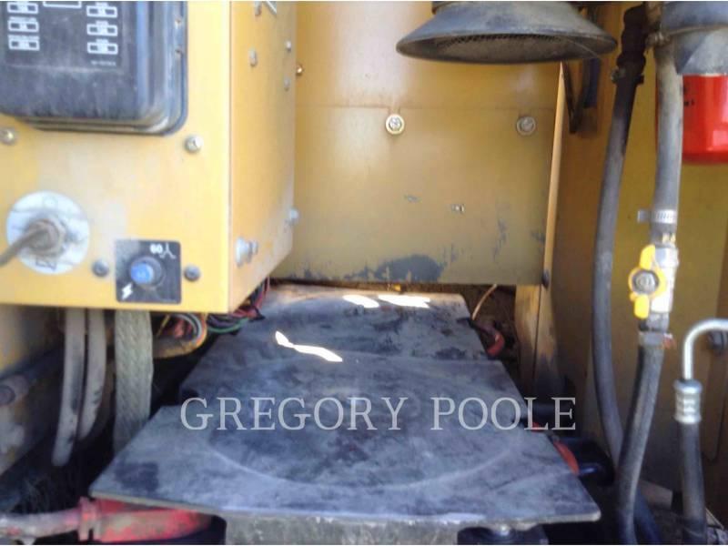 CATERPILLAR TRACK EXCAVATORS 320C L equipment  photo 15