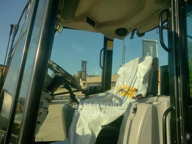 CATERPILLAR WHEEL LOADERS/INTEGRATED TOOLCARRIERS 907H2 equipment  photo 8