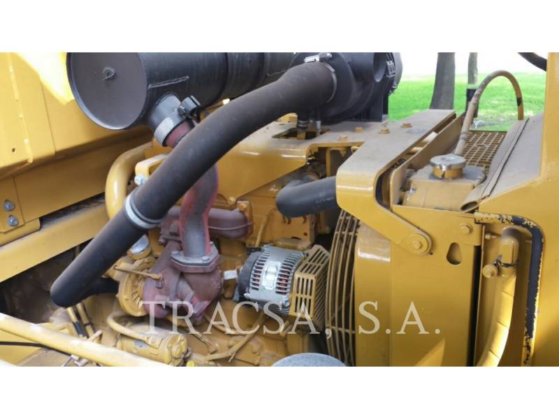 CATERPILLAR COMPACTEURS SUR PNEUS PF-300C equipment  photo 15