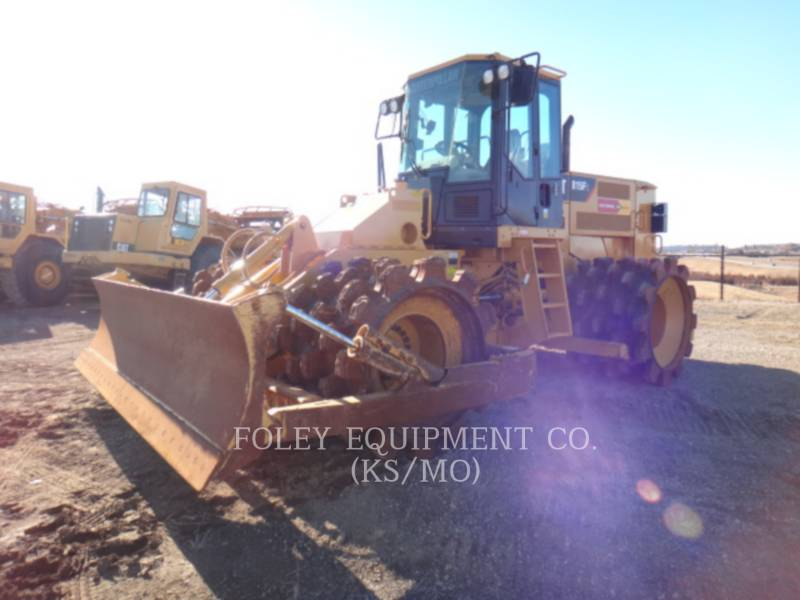 CATERPILLAR COMPATTATORI 815FII equipment  photo 2