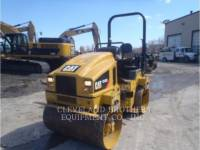 CATERPILLAR TANDEMVIBRATIONSWALZE, ASPHALT CB32BLRC equipment  photo 1