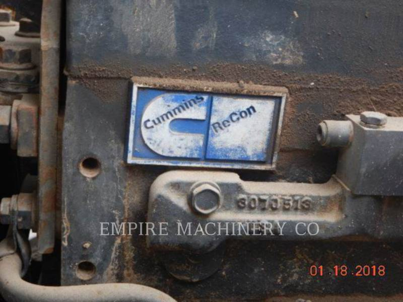 VOLVO CONST. EQUIP. NA, INC. CAMIONS CITERNE A EAU 4K TRUCK equipment  photo 4